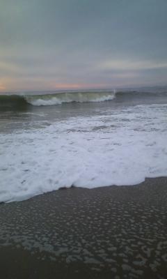 波はデカ盛り